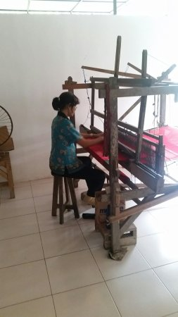 Tour Batik Factory In Bali