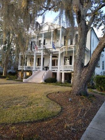 Cuthbert House Inn: 20180126_171431_large.jpg