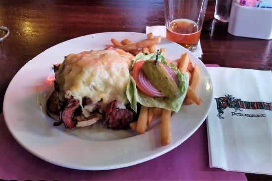 Playwright Tavern & Restaurant: Open face Reuben