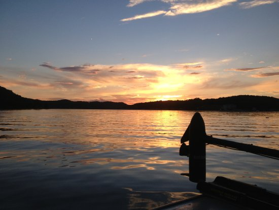 Lake of the Ozarks, MO: the perfect sunset