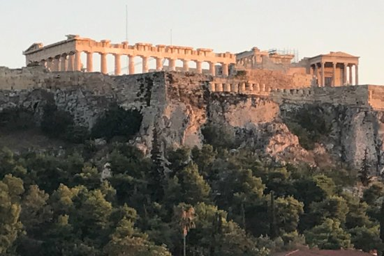 Plaka Hotel: From the Roof Garden: Sunset View of the Acropolis