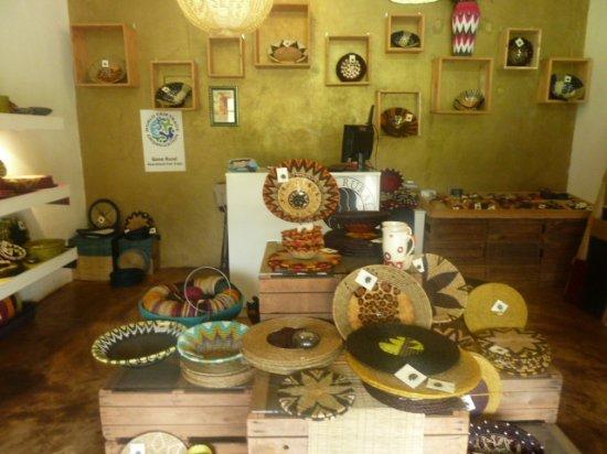 Malkerns, Swaziland: intérieur de la boutique GONE RURAL 21/1/2018