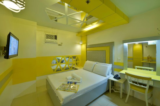 Caloocan, Filippinerne: Fiesta2 room @ Hotel 99 Monumento