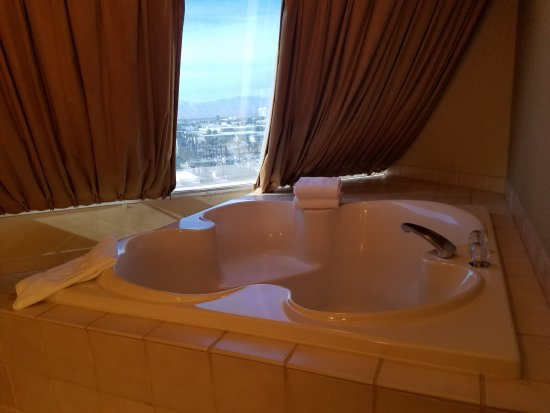 room deals book hotel mins w strip hot las z information from with in home the tub hotels vegas