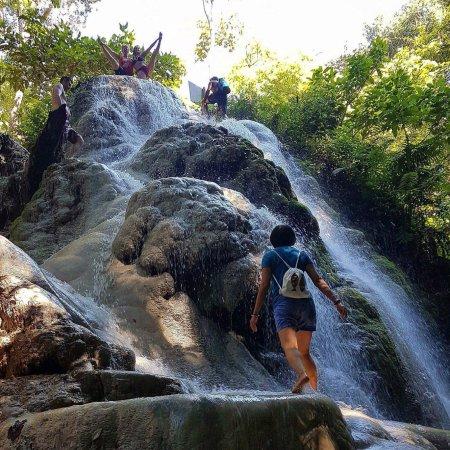 Bua Thong Waterfalls (Nam Phu Chet Si)