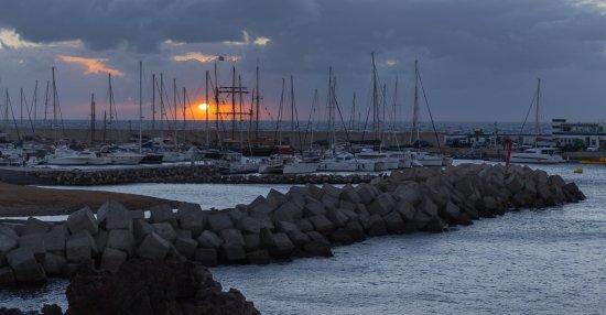 Amarilla Golf & Marina: Порт ранним утром с пасмурную погоду