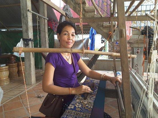 Koh Dach, Καμπότζη: Tissage soie