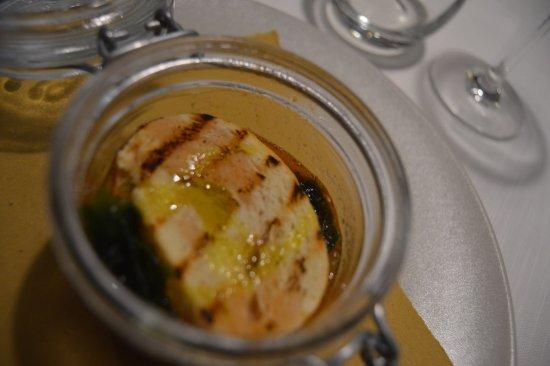 Baone, Italy: cozze in barattolo col crostino sopra una meraviglia