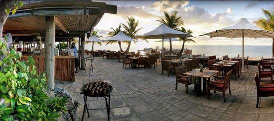 Castaway Island (Qalito), Fiji: Beach Side Dining