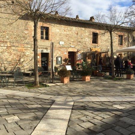 Terme bagno vignoni tutto quello che c 39 da sapere aggiornato 2018 tripadvisor - Bagno vignoni ristoranti ...