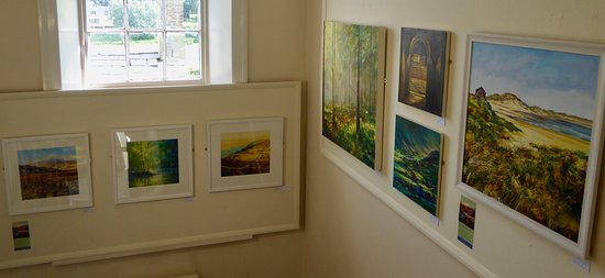 Rothbury, UK : Well known local artists. Art on the Stairs - Ken Spencer
