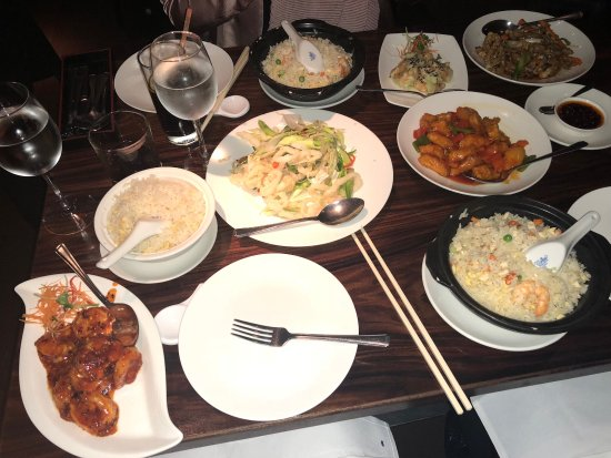 Front picture of maximini chinese restaurant london for Asian cuisine london