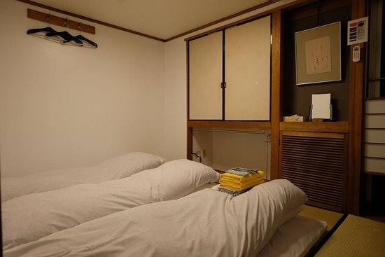 Kimi Ryokan : Our triple room, nice, clean & comfort