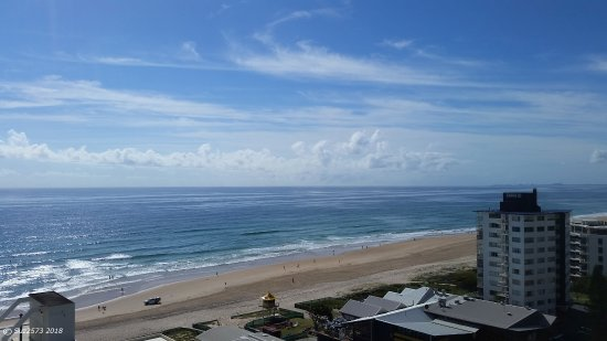 Surfers Beachside Holiday Apartments: Balcony view