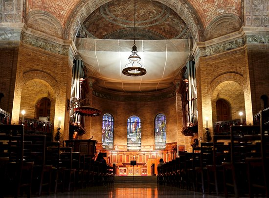 Columbia University : Chapel interior