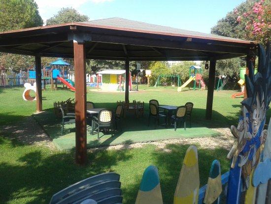 Atahotel Naxos Beach : детская площадка