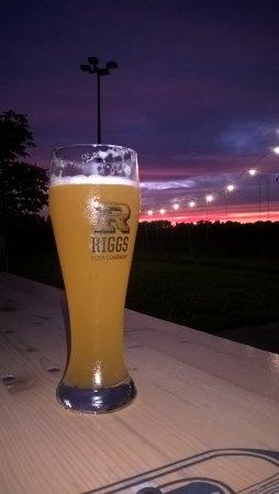 Riggs Beer Company: Heff !