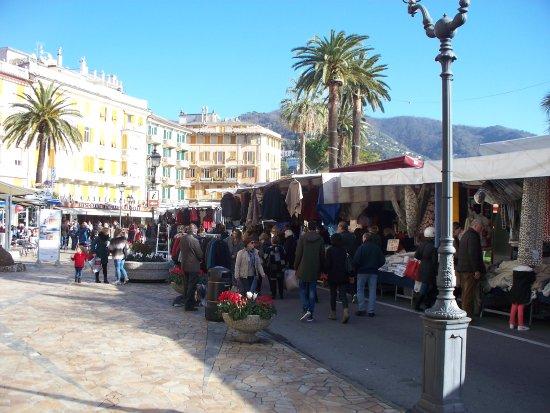 Rapallo, Italia: sul lungomare