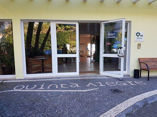 Estreito da Calheta, Portugal: 1516549759855_large.jpg