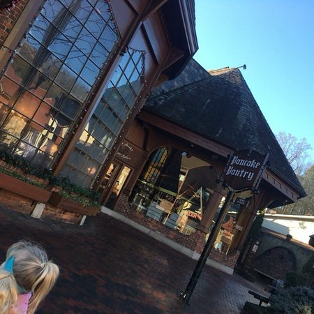 Pancake pantry gatlinburg menu prices restaurant for Dining near gatlinburg tn