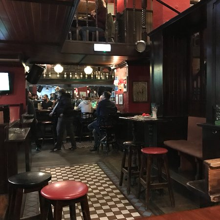 Photo1 Jpg Picture Of Hennessy S Irish Pub Lisbon Tripadvisor