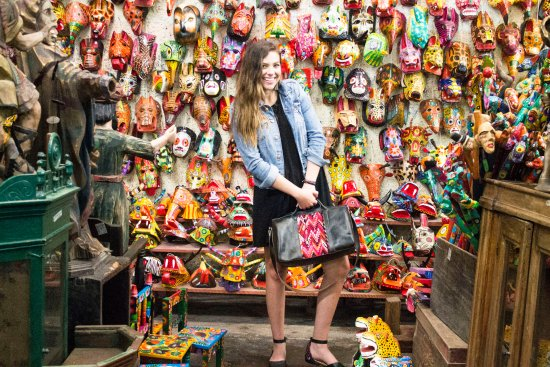 Antigua, Guatemala: our black luggage