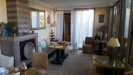 Riad Anjar: Sala de estar próximo ao terraço