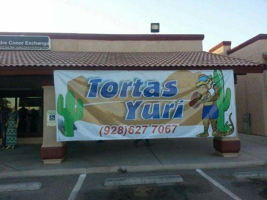 San Luis, AZ: Tortas Yuri