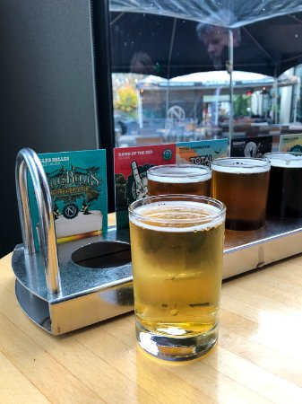 Eugene, OR: beer flight