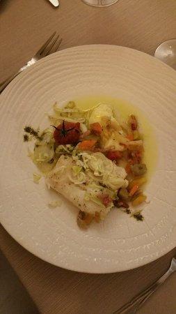 Violes, France: Retour de pêche, légumes à l'huile d'olive et champignons du moment