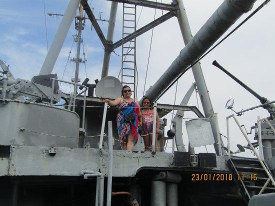 Museo Buque ARA General Irigoyen: Mirando hacia la bahía....!!!