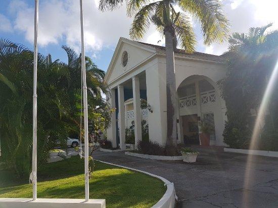 Holetown, Barbados: 20180120_152524_large.jpg