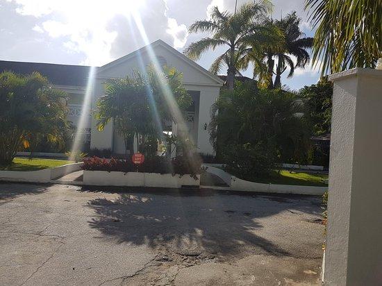 Holetown, Barbados: 20180120_152458_large.jpg