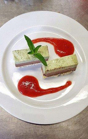 Vic-en-Bigorre, Francia: dessert pistache-chocolat-menthe
