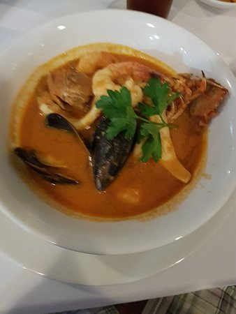 Omeros Bros Seafood Restaurant: 20180126_193424_large.jpg