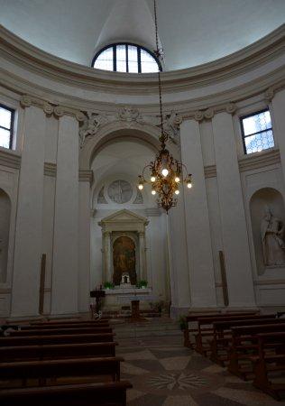 Piazzola sul Brenta, Italy: interno della chiesa