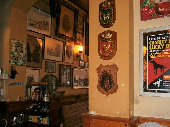 Cafe Batavia 1920 Ships Crests
