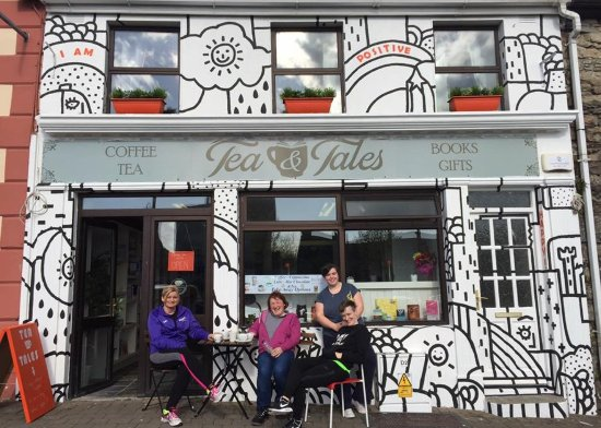 Abbeyfeale, Irland: Tea and Tales