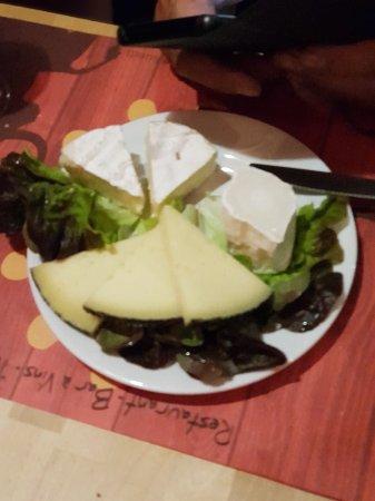 L'Alegria : Ce restaurant que du bonheur des tapas au dessert un régal et Super Copieux et cerise sur le gât