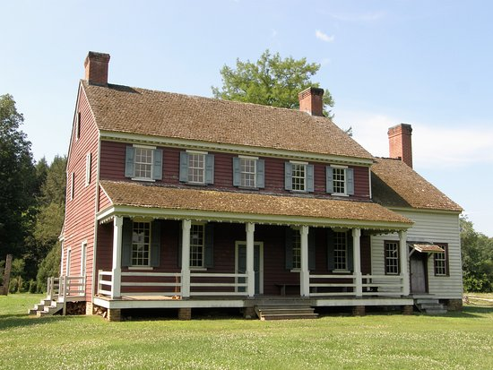 Fort Defiance, Lenoir, NC: Fort Defiance was home to William Lenoir, for whom the city of Lenoir was named.