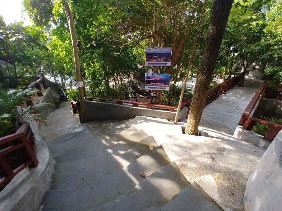 Dusit Buncha Resort: Great views of Koh Nang Yuan