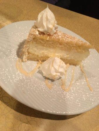 Delavan, WI: Lemon torte
