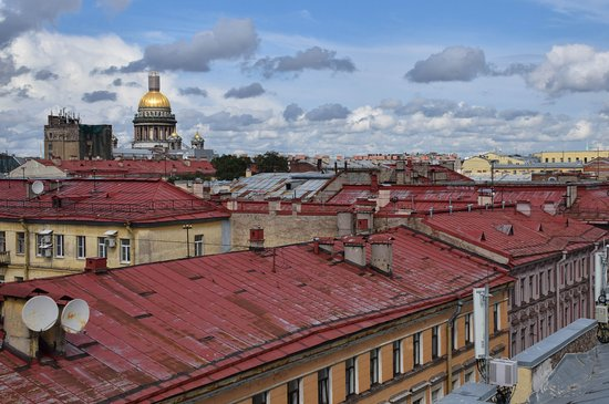 Insider Tour: St. Petersburg rooftops
