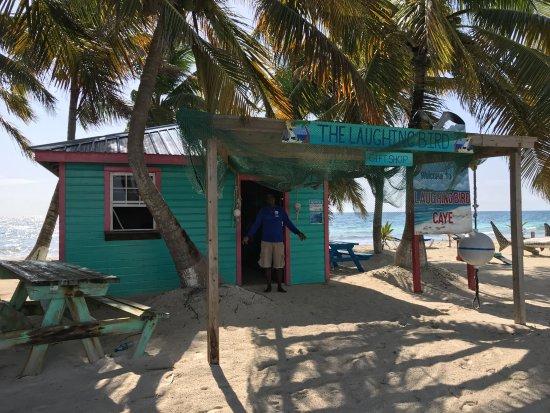 Laughing Bird Caye National Park : ranger station/gift shop