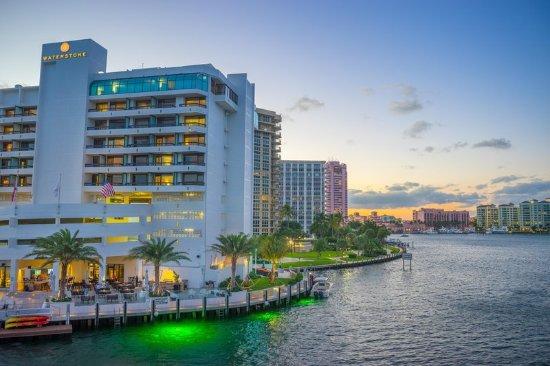 Waterstone Resort & Marina Boca Raton, Curio Collection by Hilton