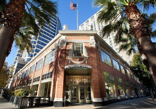 Sheraton Grand Sacramento Hotel: Exterior