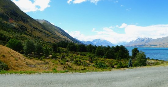 Twizel, Новая Зеландия: Views everywhere on the alps to ocean cycle trail