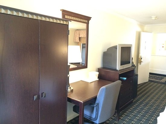Bedford Plaza Hotel - Boston : Guest room