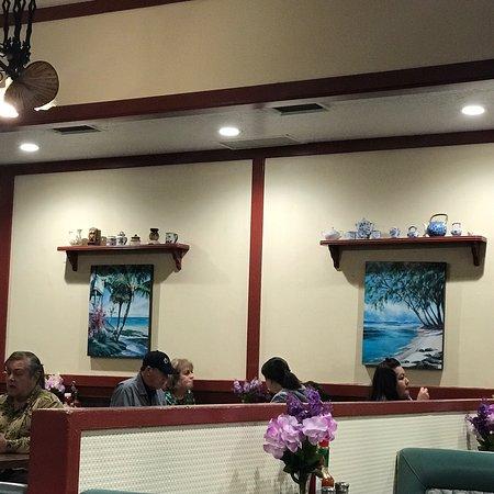 Long Beach Cafe: photo3.jpg