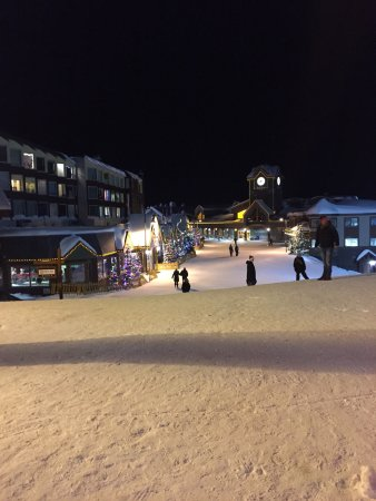 Big White, Canadá: The village centre
